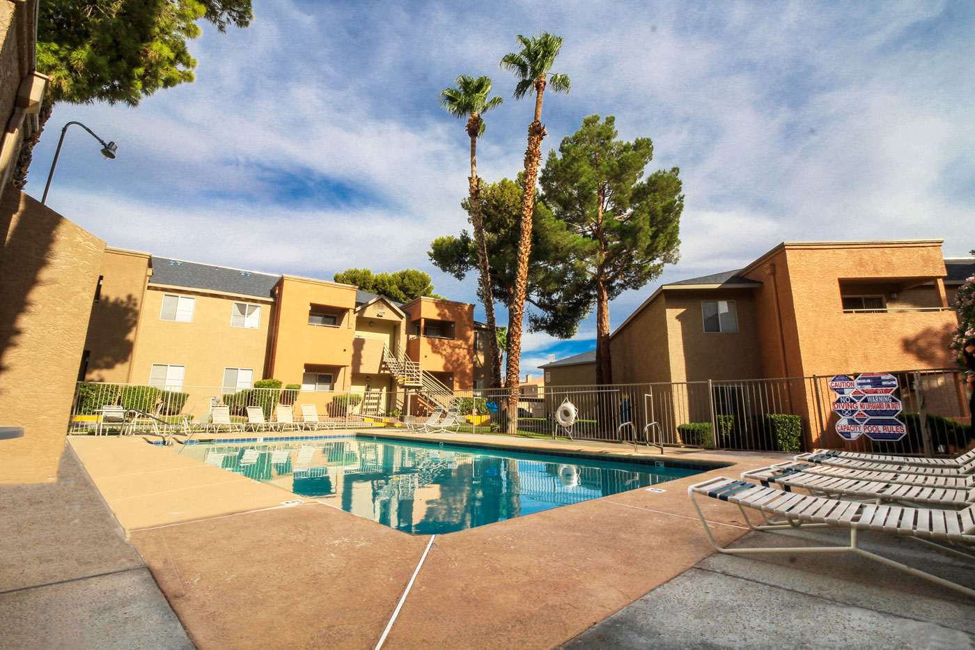 Silver Stream Apartments Pool
