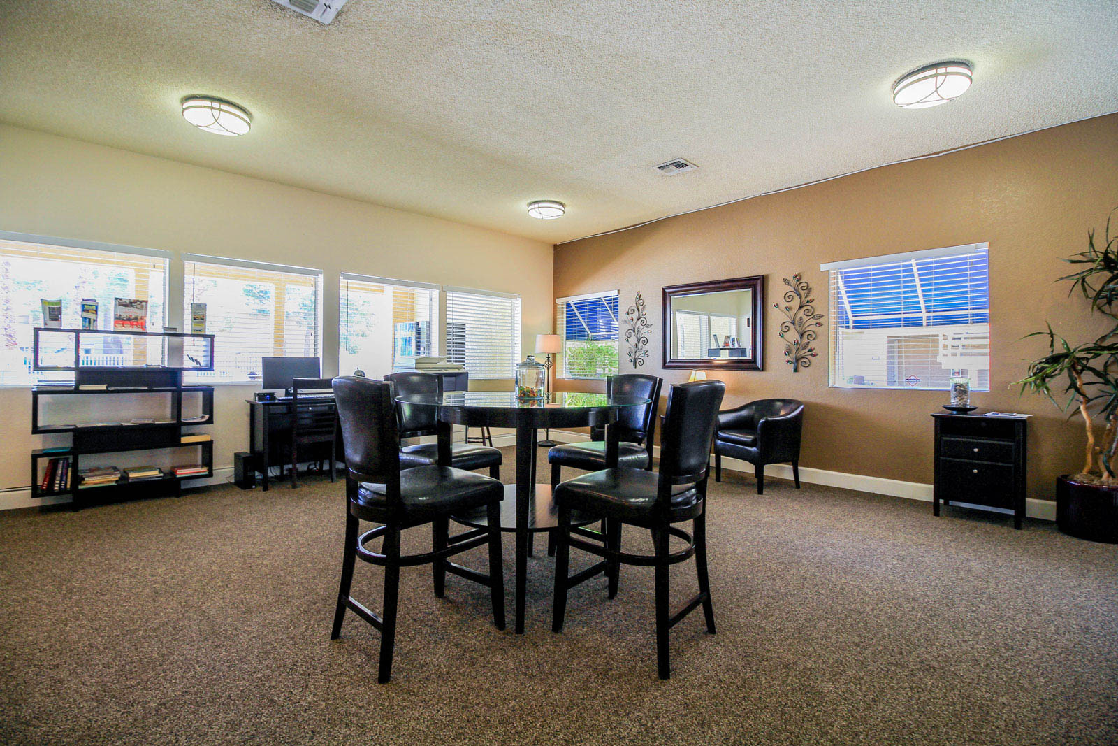 Lounge Silver Stream Apartments.
